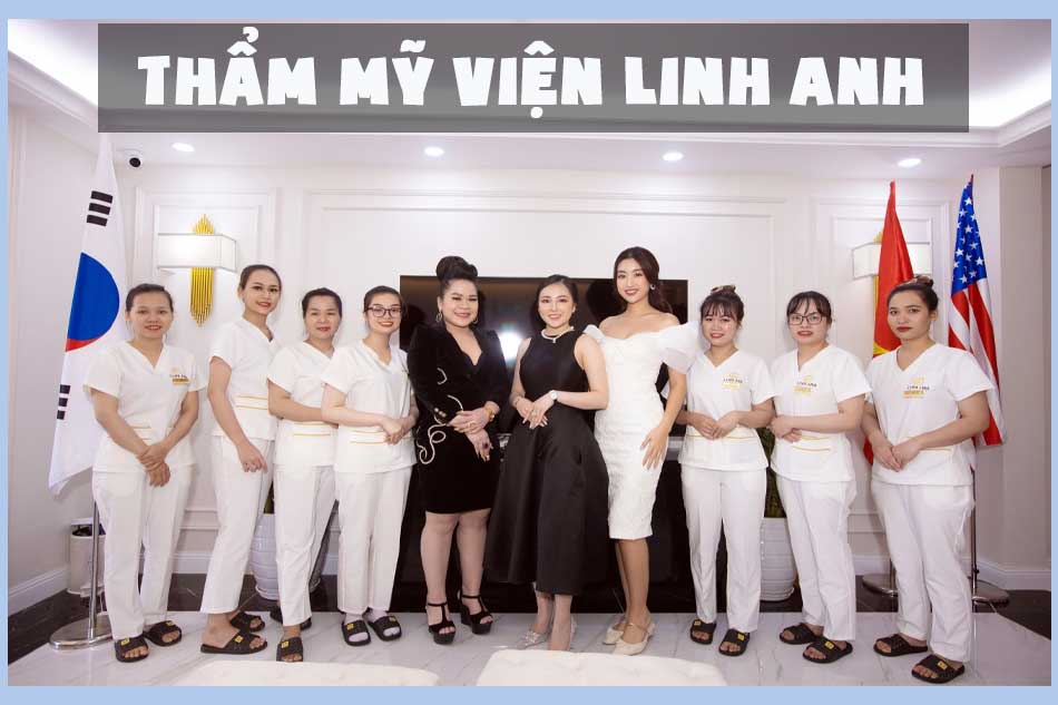 Hoa hậu Đỗ Mỹ Linh chụp cùng đội ngũ nhân viên thẩm mỹ viện Linh Anh