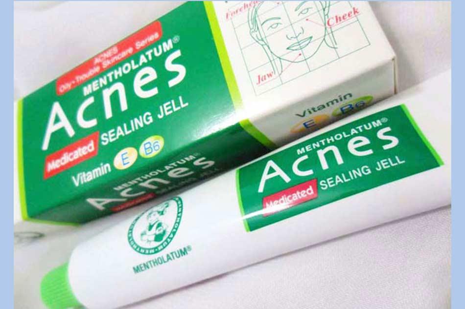 Kem ngừa mụn ẩn dưới da Acnes Medical Cream